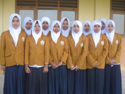 THE ISLAMIC STUDENT OF FATIHUL ULUM